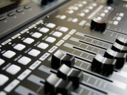 Tips for Mixing Live Sound